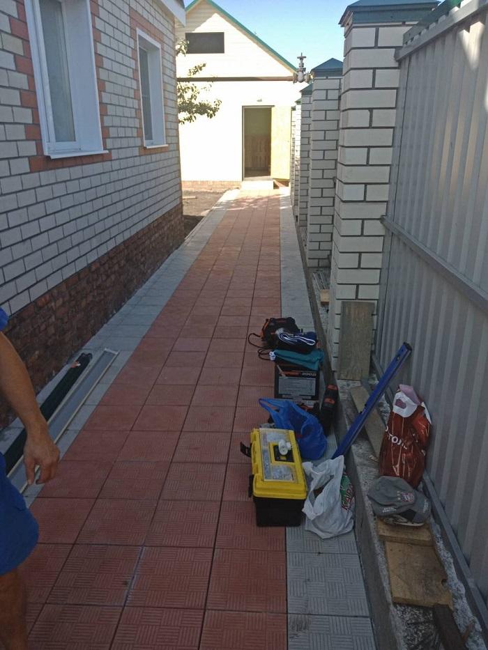 Укладка тротуарной плитки ул. Санитарная 21